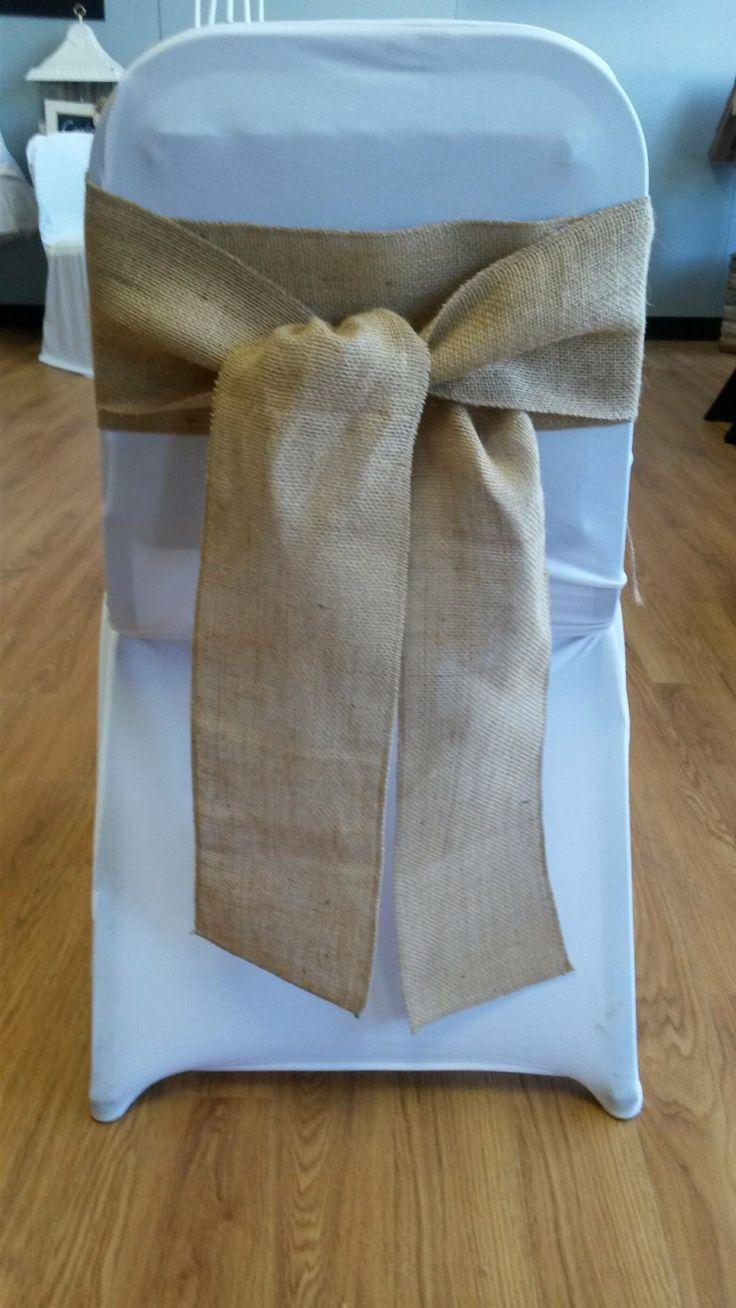 Ceintures de toile de jute de chaise - idéal pour un mariage ou autre événement spécial par RubyDesignDecor sur Etsy https://www.etsy.com/fr/listing/188653850/ceintures-de-toile-de-jute-de-chaise
