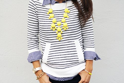 gingham & stripes: Bold Necklace, Yellow Fashion, Accent Necklace, Mixed Patterns, Yellow Necklaces, Stripes Sweaters, Yellow Statement Necklaces, Yellow Bubbles Necklaces, Gingham Stripes