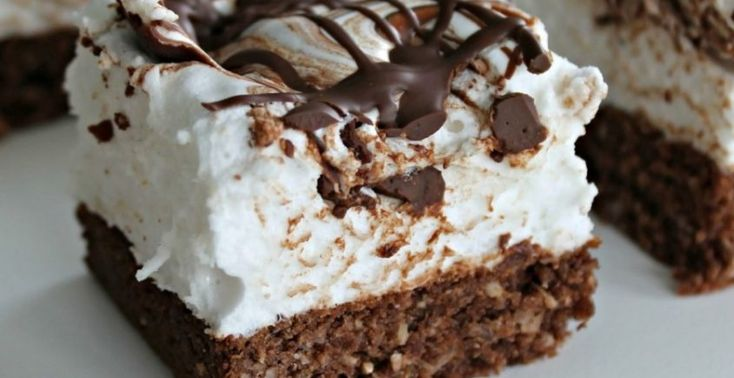 Nepečený čokoládový koláč s lahodnou penou - Receptik.sk