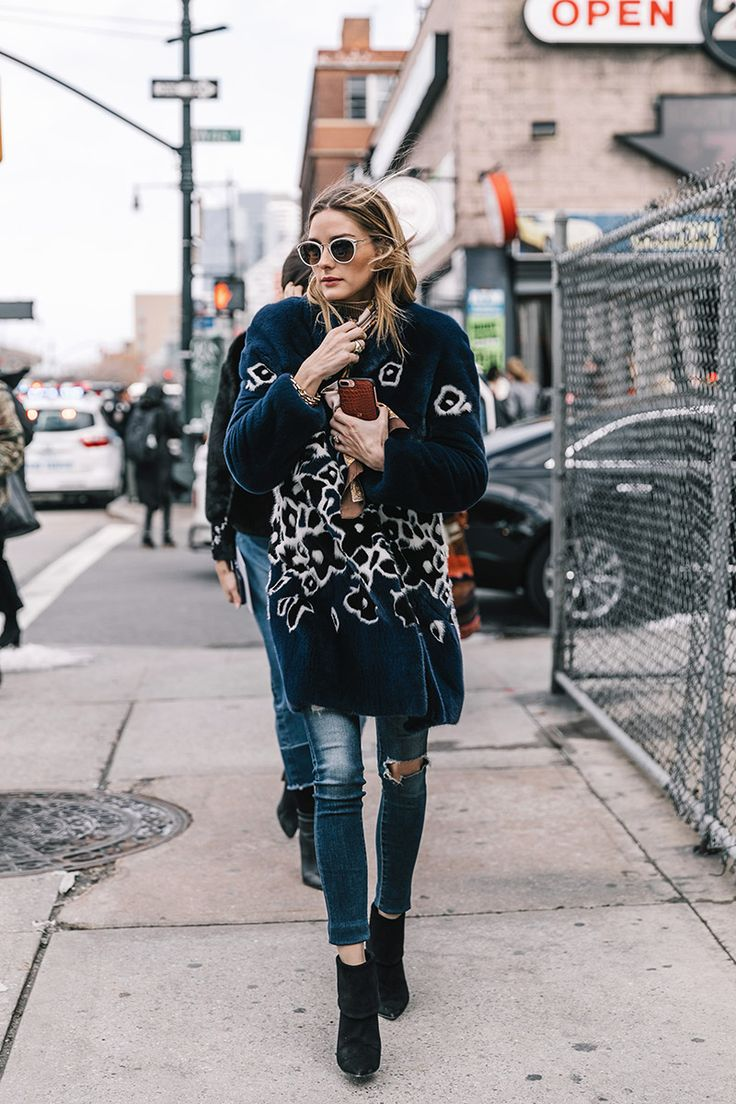 Olivia Palermo is seen arriving to the Carolina Herrera Collection during New York Fashion Week on February 13 2017 in New York City