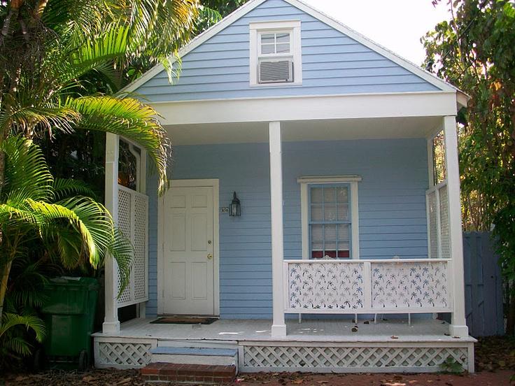 Key West Cottage so sweet it makes me smile :-)