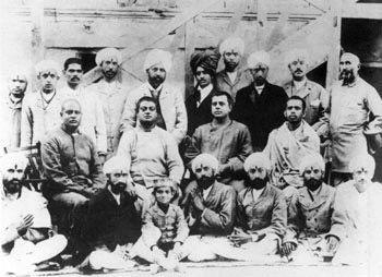 Swami Vivekananda kashmir-1897-group