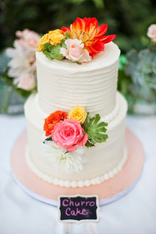 Spanish Themed Wedding Cake ~ Petula Pea Photography www.petulapea.com/ | bellethemagazine.com