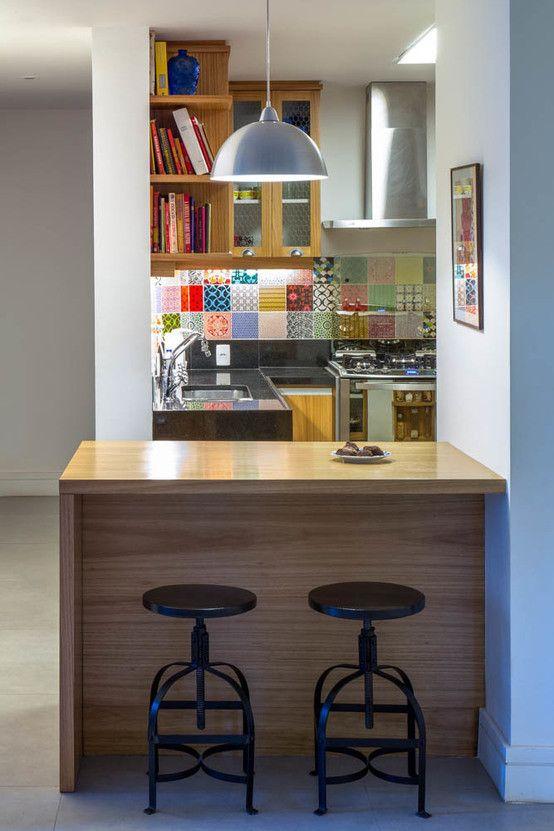 APARTAMENTO KG : Cozinhas modernas por Raquel Junqueira Arquitetura