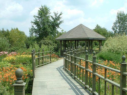 Passerelle des milieux humides - Parc Marie-Victorin Kingsey Falls by Parc Marie-Victorin, via Flickr