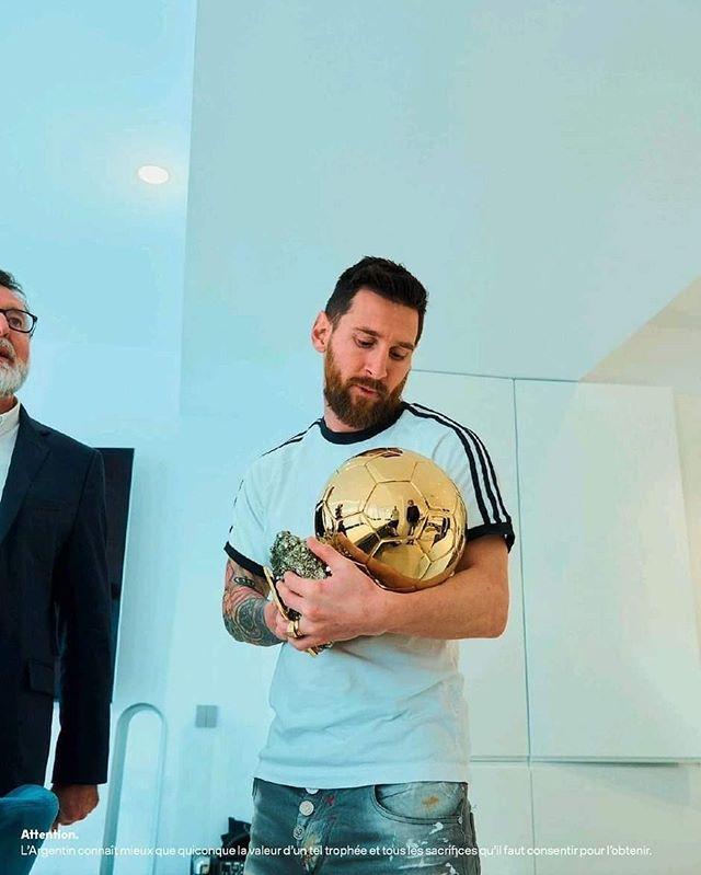 Visca El Barca فيسكا البارسا En Instagram ما هو الأكثر أهمية بالنسبة لك الكرة الذهبية أم دوري الأبطال الآسطورة ليو ميسي Lionel Messi Messi Leonel Messi