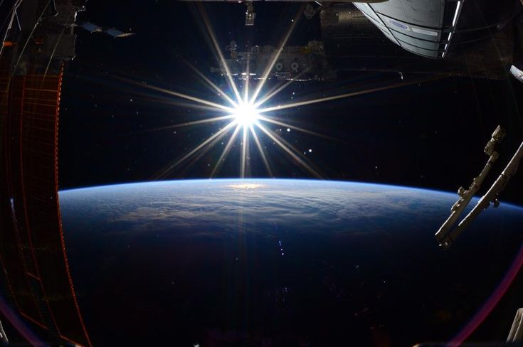 """Terry W. Virts no Twitter: """"The last picture I took on this mission. ISS 2015"""