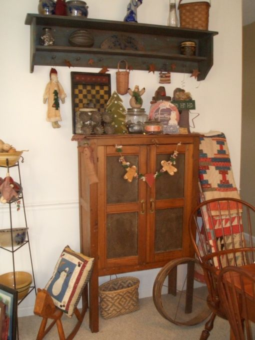 my primitive dining room ready for christmas, My primitive country dining room decorated for christmas, , Dining Rooms Design