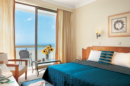 Rhodos Royal, Sea view guestroom