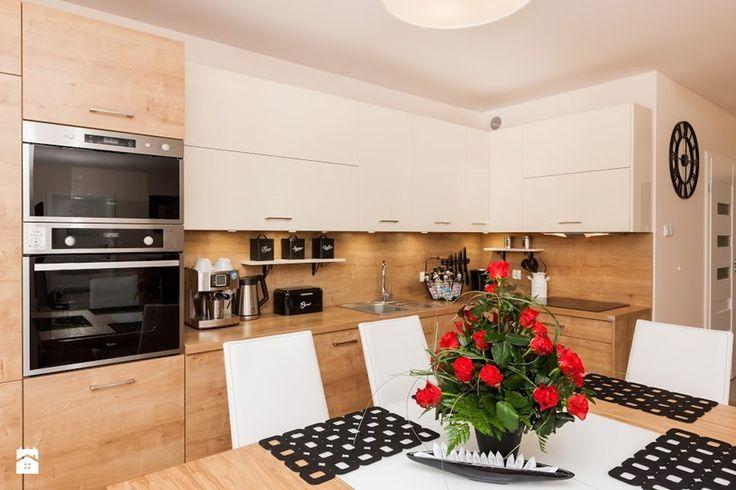 Nowoczesny Apartament dwupoziomowy - Średnia otwarta kuchnia w kształcie litery l w aneksie, styl nowoczesny - zdjęcie od MalwinaMarcinczak