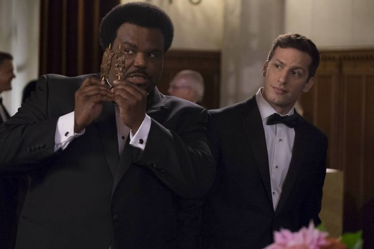 On the Brooklyn Nine-Nine Season 4 winter finale, the Nine-Nine tackles a serious case while still keeping things light and funny. Read on for our review!