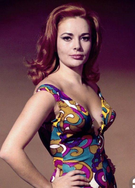 Karin Dor  James Bond Girls-9991
