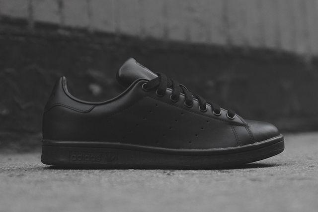 ADIDAS STAN SMITH (TRIPLE BLACK)   Sneaker Freaker