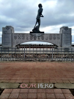 Terry Fox monument Thunder Bay, Ontario ...