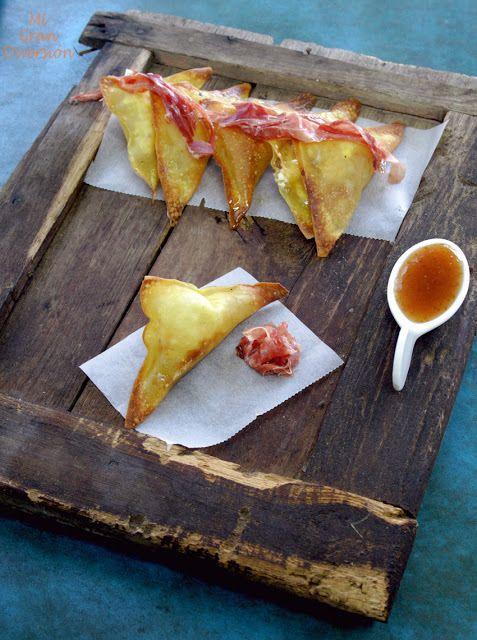 Wonton de queso de cabra, foie, jamón y mermelada de higos: