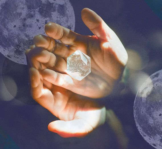 Add some high-vibe stones to your full moon ritual tonight.