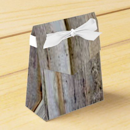 BEAUTIFUL FAUX BARN BOARD DECOR-COUNTRY PIECES FAVOR BOX - craft supplies diy custom design supply special