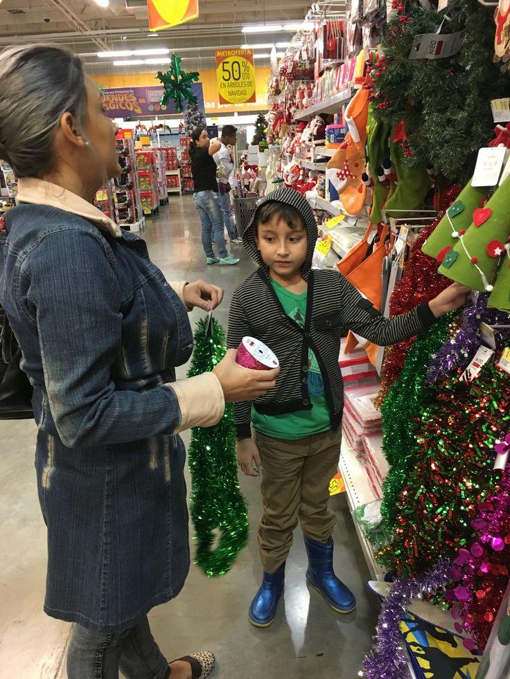 De compras navideñas.