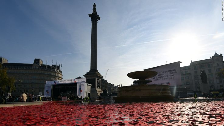 Poignant tributes in UK mark Armistice Day - CNN International