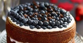#Watetenwevandaag: Chocoladetaart met bosbessen  http://ift.tt/2jWD5a0 #wewv #recept Gebak-taarten-koekjes-brood