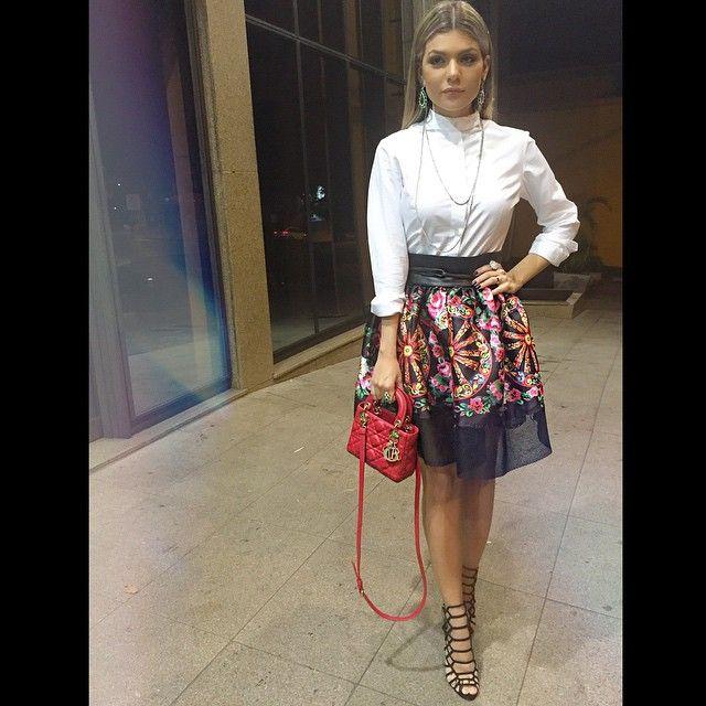 #ShareIG Mais um Look lindo usado pela nossa querida Thaís Morbeck durante o evento de moda #minastrendypreview!! Amamos!! ❤️ || Look @emporium_lolita | jóias @tallisjoias #emporiumlolithà #invernololithà