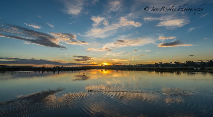 Sunrise on the River Murray at Mannum SA