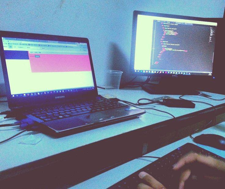 Ratos de Laboratório ou Garotos de Programa?  #cienciadacomputacao  #criencia #mouselaboratory #programar #programmer #languageofprogrammer ##system #sistemas #learning #tecnology #softwares #garotodeprograma #bootstrap #angularjs #javascript #css #html #html5 #php #Ajax #web #like4like #likeforlike #likeit #legalizeit #legalize #twitterbootstral #settings #ferramentas #servidorlocal #
