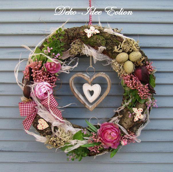 25 unique spring wreaths ideas on pinterest diy spring wreath spring decorations and door. Black Bedroom Furniture Sets. Home Design Ideas