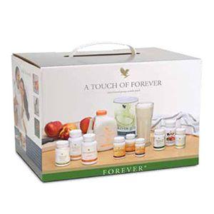 shop.foreverliving.it FAMILY KIT Art. 2 CC 1.000 Il Family Kit è ideale per il tuo uso personale: tanti prodotti per l'igiene personale e le principali bevande per il benessere di tutta la famiglia. Contenuto: 17 prodotti + accessori.    EUR 287,57