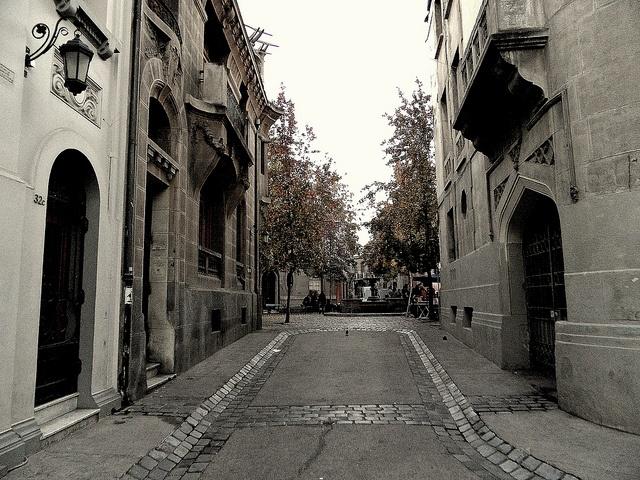 Barrio Concha y Toro by Lobo_Austral, via Flickr