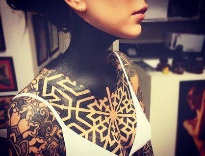 Cómo borrar tatuajes: una moderna máquina los hace desaparecer – AB Magazine