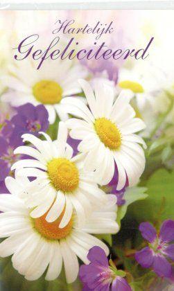 Hartelijk gefelicteerd  Wenskaarten met bloemen