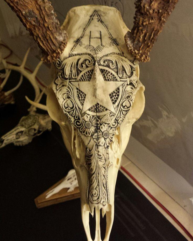 Best skulls and bones images on pinterest