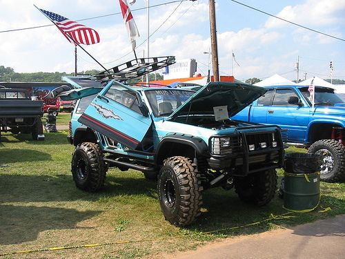 Tricked Out Jeep Cherokee XJ