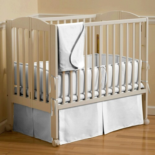 Solid White Portable Crib Bedding | Carousel Designs