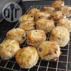 Eenvoudige zelfgemaakte scones @ allrecipes.nl