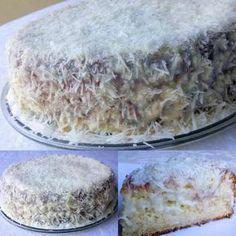 A massa do bolo é muito fofinha e saborosa e a cobertura à base de coco é deliciosa e muito fácil de fazer. Ingredientes Massa 4 ovos (gemas e claras separadas) 2 xícaras de chá de farinha de trigo 200ml de leite 1 xícara de chá de açúcar 4 colheres de sopa de margarina 1…