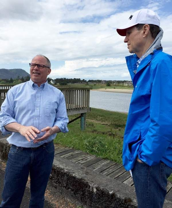 "SEASIDE — ""Help!"" is the message from Seaside School Superintendent Doug Dougherty, and U.S. Sen. Ron Wyden responded to the SOS Sunday. Dougherty and Seaside Mayor Don Larson served as guides on a tour of the city's tsunami zone, from Seaside High School to Broadway Midd"