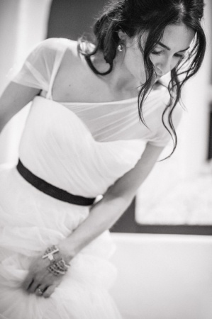 Beautiful way to add sleeves to a strapless dress