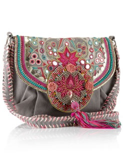Sling from accesorize.. love the colors :)