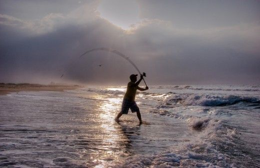 Surf fishing, Rigs and techniques, I have found this very useful, since I have never surf fished and would like to try it..