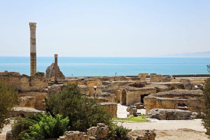 Cartago, Tunísia. Foi uma colónia fenícia com extrema importância no Golfo de Tunis. Dominou o Mediterrâneo durante o primeiro milénio antes de Cristo, mas foi destruída durante a 3ª Guerra Púnica. Proibida a visita por estar em degradação.