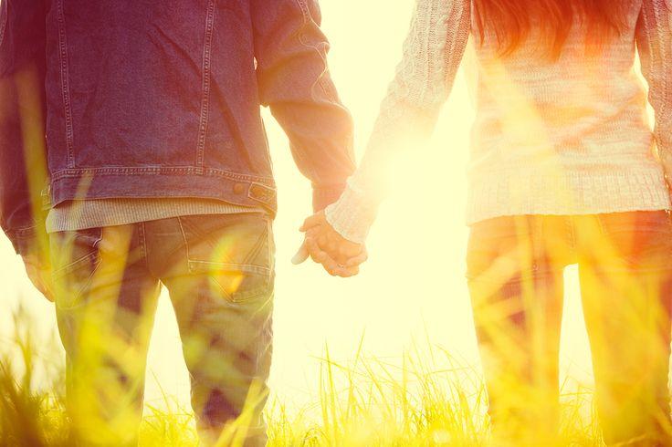 Baja o alta, la autoestima puede influir en sus relaciones amorosas