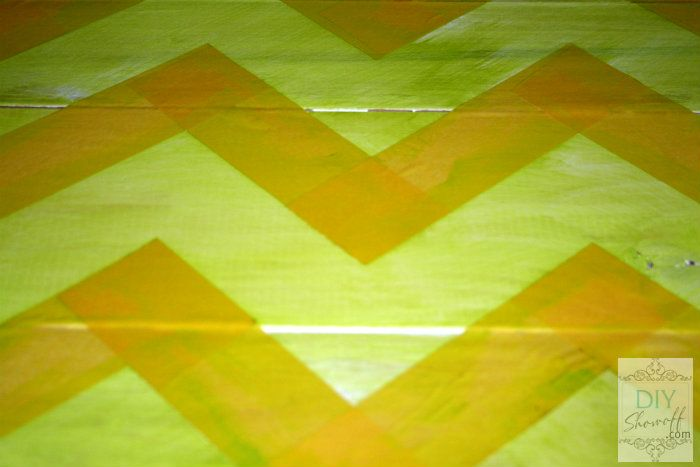 How to make a distressed chevron sign