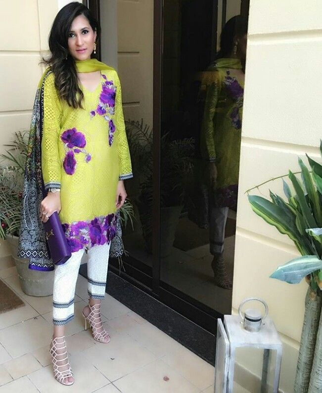 Pakistani lawn outfit by Sana Safinaz.