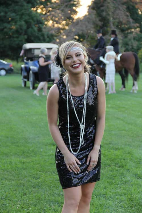 1920s Party Costume Tips - Flapper Outfit