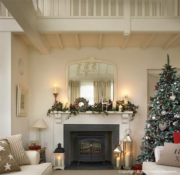 How I decorated our previous homes for Christmas - Day 3