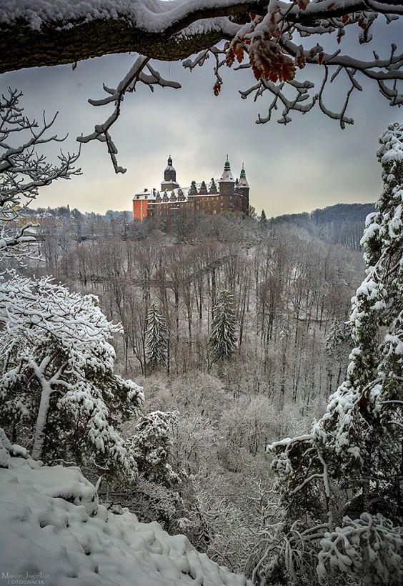 Trzeci co do wielkości zamek w Polsce - Zamek Książ, Wałbrzych. Zdjęcie wykonane przez mjagiellicz