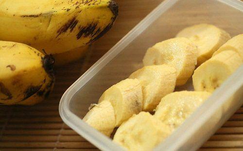 Descubre por qué razón los bananos pueden ayudarte a perder peso y a combatir la retención de líquidos, Te dejamos 5 excelentes recetas para aprovecharlos.