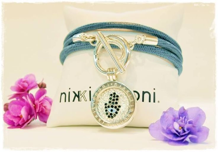 #NikkiLissoni cord wrap bracelet with C1268SS 'Sparkling Hand of Fatima' coin (silver plated 23,6mm)
